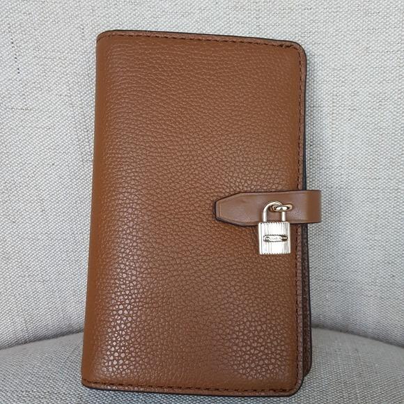 8493d4387842 NWT Michael Kors Adele slim Bifold Wallet luggage
